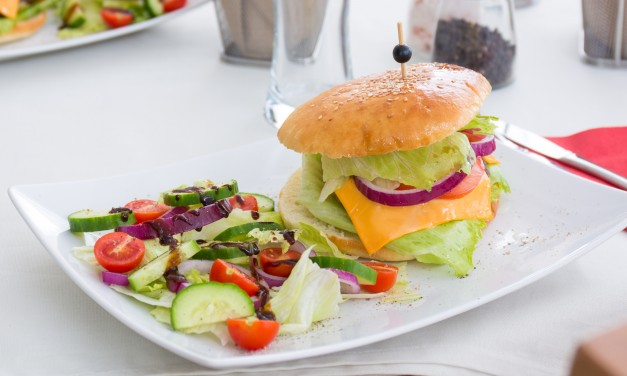 Low-Carb and Keto Diet Fast Food Menu Choices: How to Eat Successfully at Restaurants